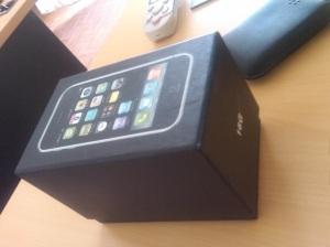 box iphone palsu
